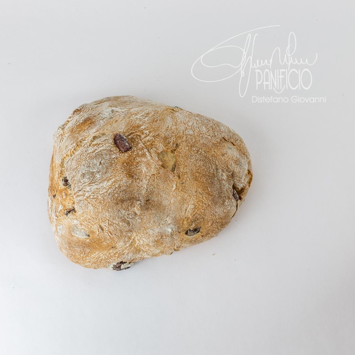 pane con olive nere